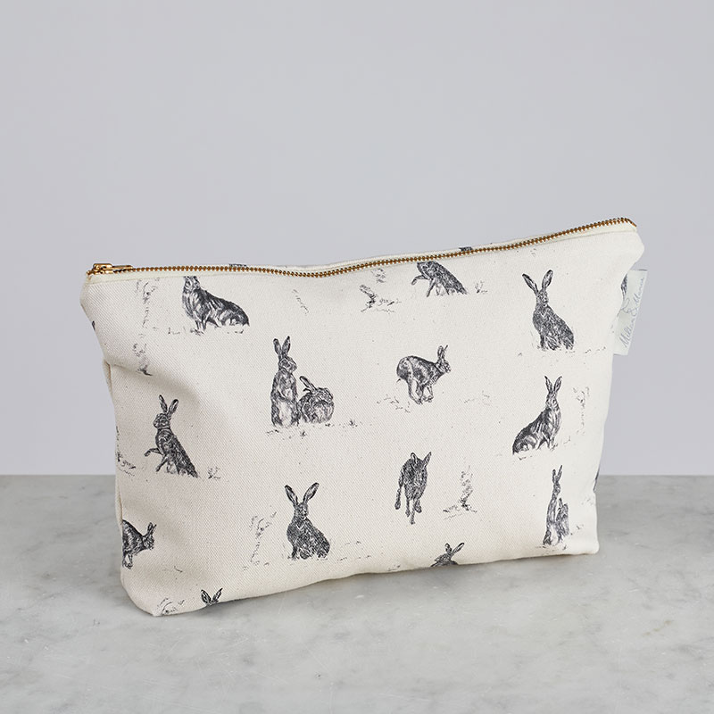 Milton & Manor Hare Capers Cosmetic Bag