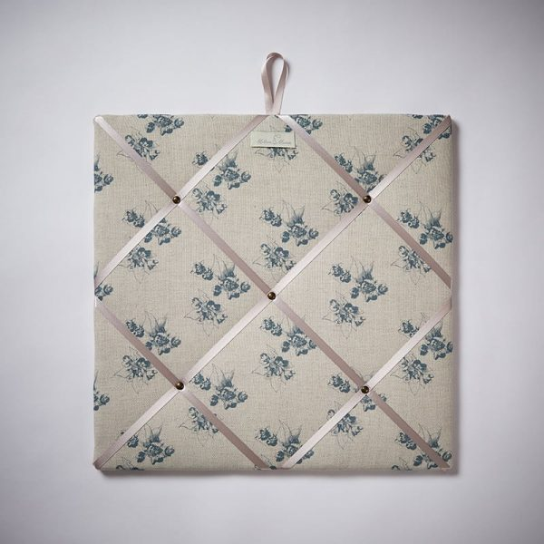 Milton and Manor Sweet Floral Blue Memo Board