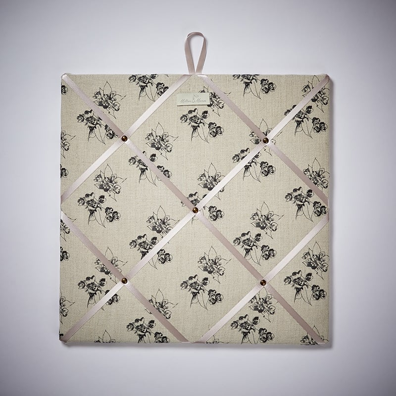Milton and Manor Sweet Floral Grey Memo Board